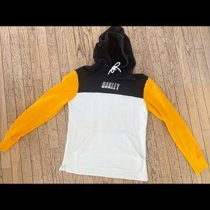 Oakley Youth XL custom fit Hoodie Sweatshirt